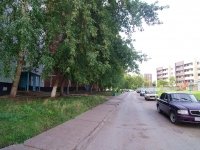 Naberezhnye Chelny, Syuyumbike Ave, house 95. Apartment house