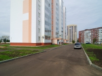 Naberezhnye Chelny, Tsvetochny blvd, house 8. Apartment house