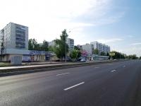 Набережные Челны, Автозаводский проспект, дом 17. многофункциональное здание