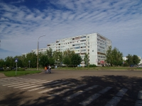 Naberezhnye Chelny, Avtozavodsky Ave, house 40/105. Apartment house