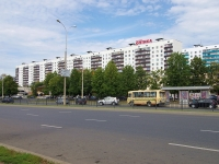 neighbour house: avenue. Vakhitov, house 22. Apartment house