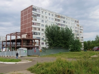Naberezhnye Chelny, Vakhitov avenue, house 42. Apartment house