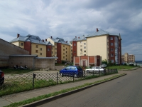 Naberezhnye Chelny, Vakhitov avenue, house 44/78. Apartment house