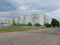 Naberezhnye Chelny, Vakhitov avenue, house 46/93. Apartment house