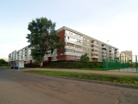 Naberezhnye Chelny, Yashlek Ave, house 51. Apartment house