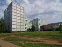 Набережные Челны, Камала бульвар, дом 24. многоквартирный дом