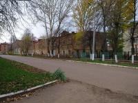 Чистополь, улица Нариманова, дом 60. многоквартирный дом