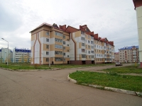 Chistopol, st Plyushchenkov, house 4. Apartment house