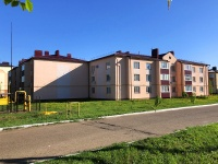 Chistopol, st Plyushchenkov, house 18. Apartment house