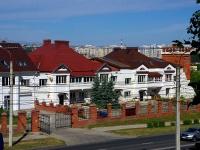 , st Shevchenko, house 10 к.1. Apartment house