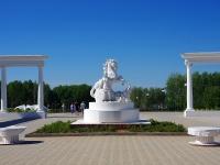 Московский проспект. памятник Барспит (царица сувар)