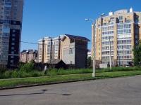 Чебоксары, улица Водопроводная. многофункциональное здание