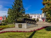 Барнаул, площадь Победы. памятник Танк Т-34