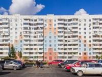 Барнаул, улица Лазурная, дом 42. многоквартирный дом