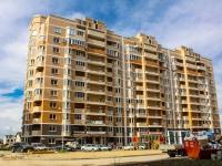 Краснодар, улица Архитектора Петина, дом 12. многоквартирный дом