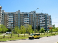 Krasnodar, Chekistov avenue, house 4. Apartment house