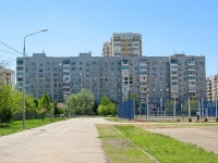 Krasnodar, Chekistov avenue, house 10. Apartment house