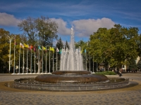 Краснодар, улица Красная. фонтан