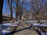 隔壁房屋: st. Sovkhoznaya. 街心公园