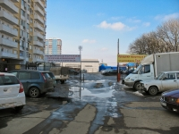 neighbour house: st. Atarbekov. garage (parking)
