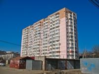 Krasnodar, Krasnykh Partizan st, house 107. Apartment house