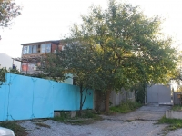 Gelendzhik, Gorky st, house 66. Apartment house
