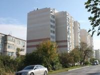 Геленджик, улица Островского, дом 152. многоквартирный дом