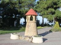 Геленджик, улица Островского. малая архитектурная форма Башня