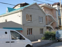 Gelendzhik, Tolstoy st, house 44. Private house