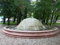 Геленджик, улица Ленина. фонтан