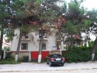 Геленджик, улица Леселидзе, дом 15. гостиница (отель)