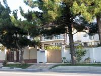 Gelendzhik, Lunacharsky st, house 202А. Apartment house