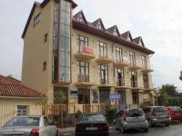 Gelendzhik, st Shevchenko, house 70. Apartment house