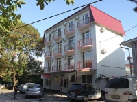 Gelendzhik, Telman st, house 22. Apartment house