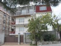 Gelendzhik, st Telman, house 111А. Apartment house