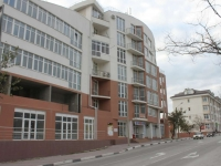 Gelendzhik, Telman st, house 144. Apartment house