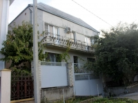 Gelendzhik, Grin st, house 5. Apartment house