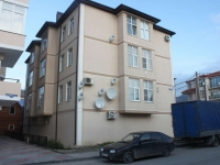 Gelendzhik, Levitan st, house 19. Apartment house
