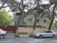 Gelendzhik, Morskaya st, house 10. Private house
