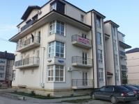 Геленджик, улица Прасковеевская, дом 22. многоквартирный дом