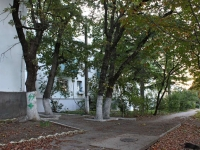 Геленджик, улица Красная, дом 6. многоквартирный дом