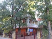 Геленджик, улица Лазурная, дом 7А. индивидуальный дом