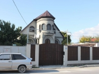 Gelendzhik, Novorossiyskaya st, house 43. Private house