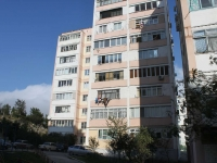 Gelendzhik, Severny district, house 4. Apartment house