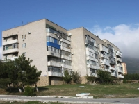 Gelendzhik, Severny district, house 68. Apartment house