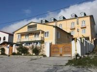 Gelendzhik, hotel Ной, Srednyaya st, house 31