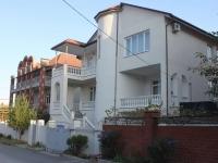 Gelendzhik, Klenovaya st, house 7. hotel