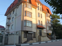 Gelendzhik, Pionerskaya st, house 27. Apartment house