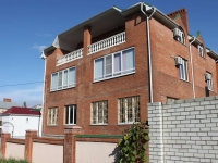 Gelendzhik, Repin st, house 5. Apartment house