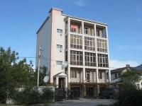 Gelendzhik, Stepnaya st, house 17А. Apartment house